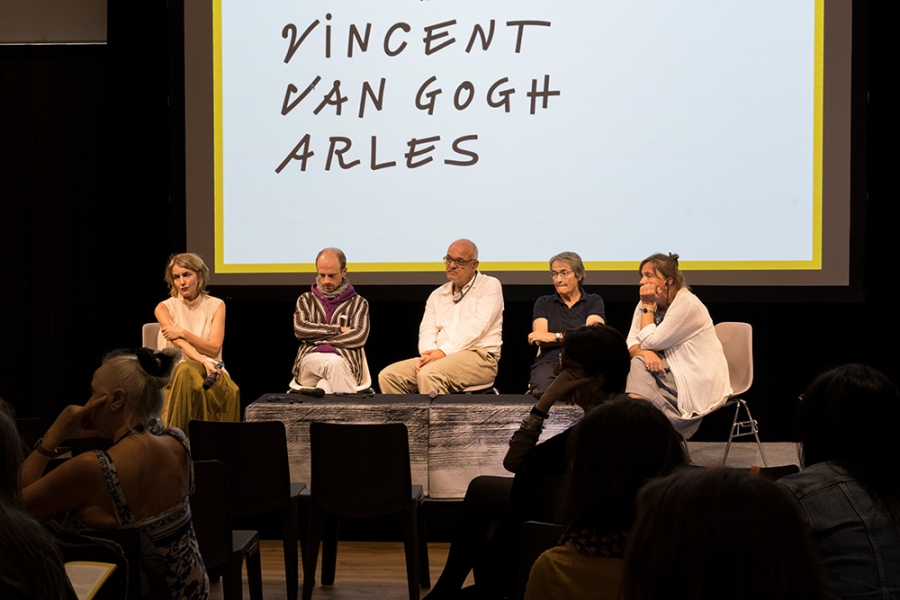 http://gregoiredablon.com/files/gimgs/th-25_gregoire_dablon_commissionned_Symposium_Fondation_Van_Gogh_Arles_2019_9.jpg